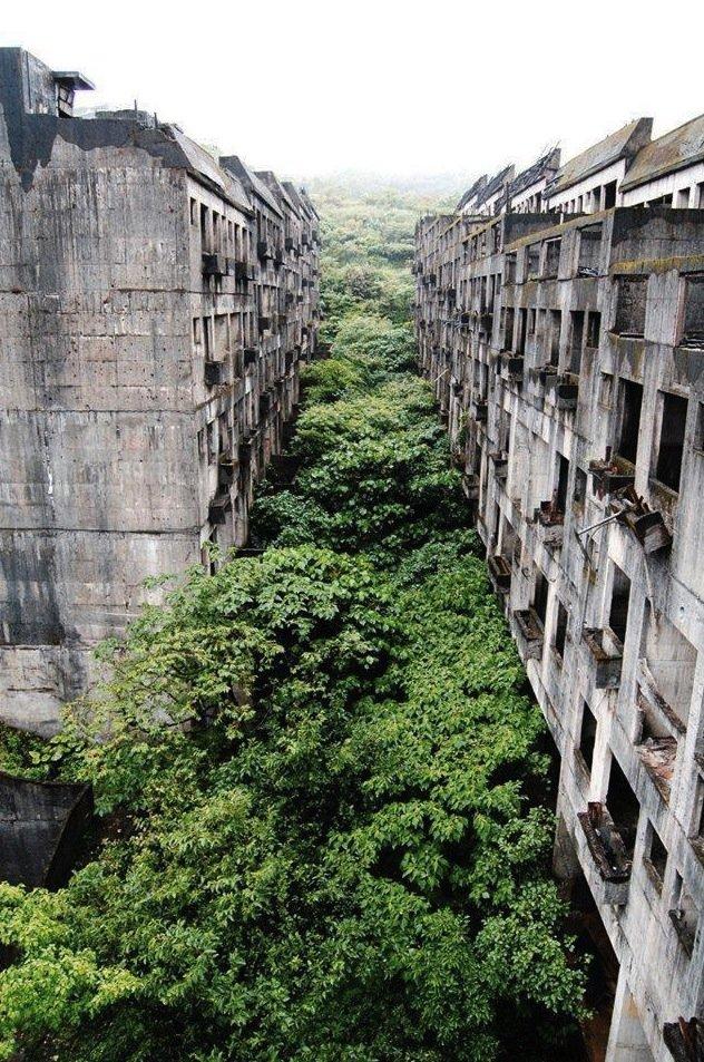 Abandoned city.