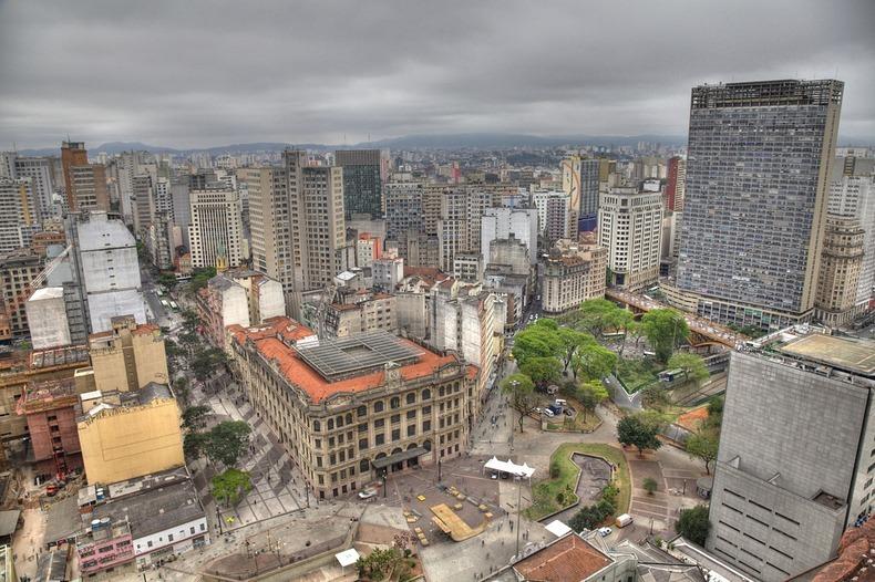 Sao Paulo is ad-free.