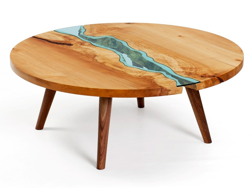Table with Rivers